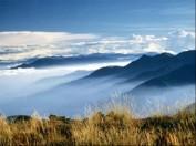 Wolken über dem Jadeberg