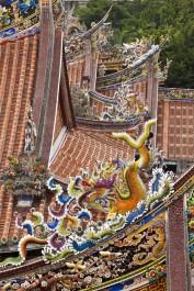 Kunstvolle Schnitzereien gibt es in Sanhsia zu sehen