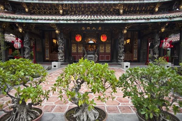 Tempel gehören zum Stadtbild Taipehs dazu